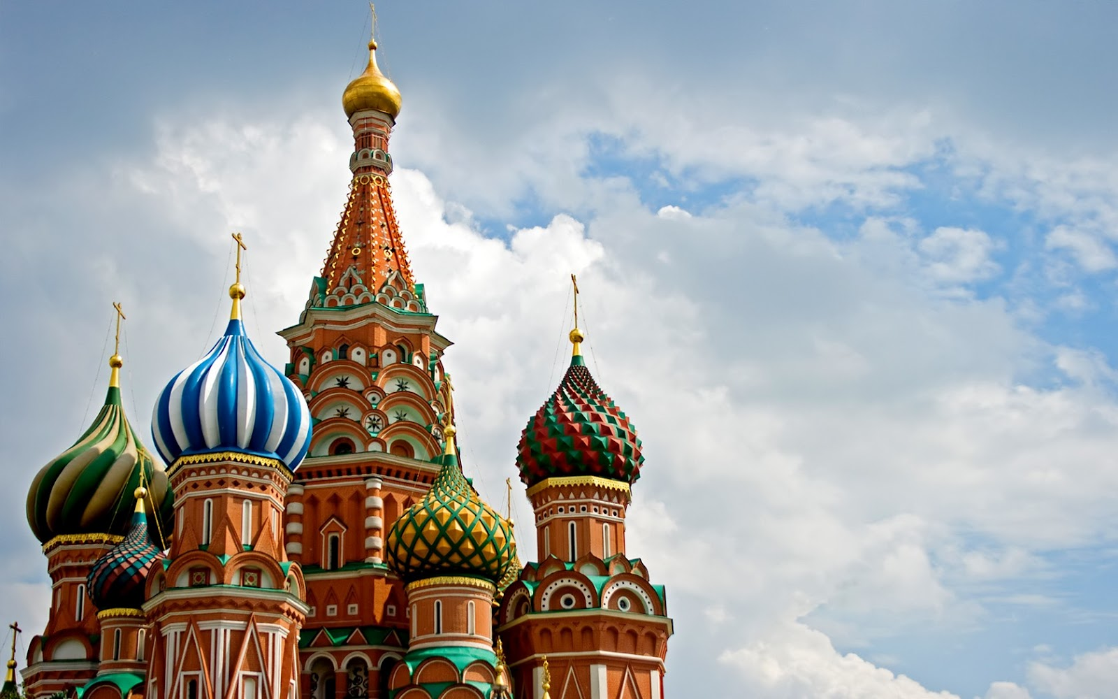Our branch office started in Moscow.